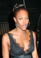 Naomi Campbell Cleavage Shots