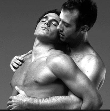 L'eterno dilemma tra etero, gay e decaffeinato in tazza grande
