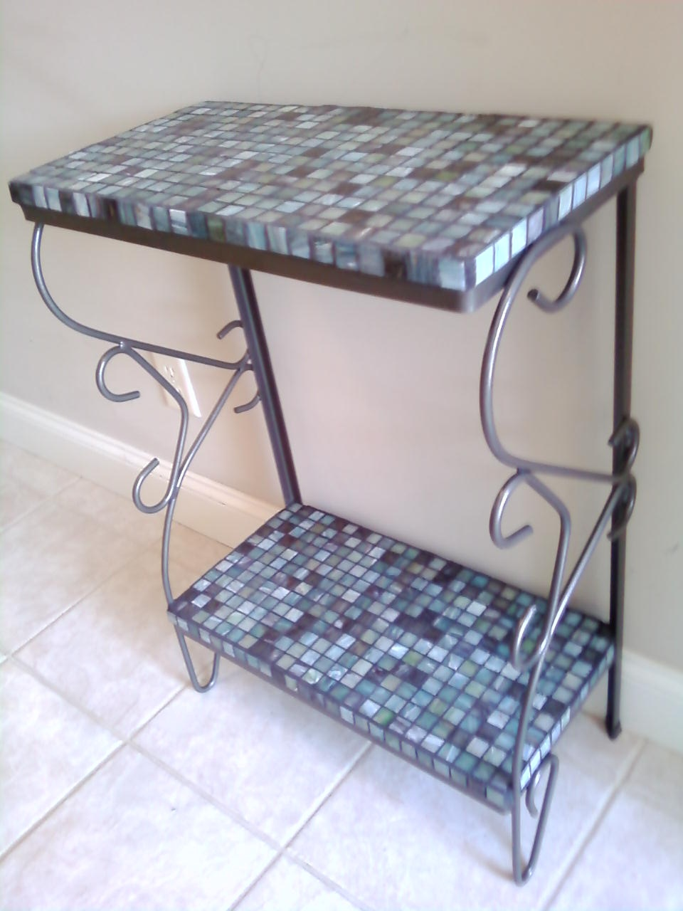Fish tank stand table frou fru gal froo froo 39 gal for Fish tank stand