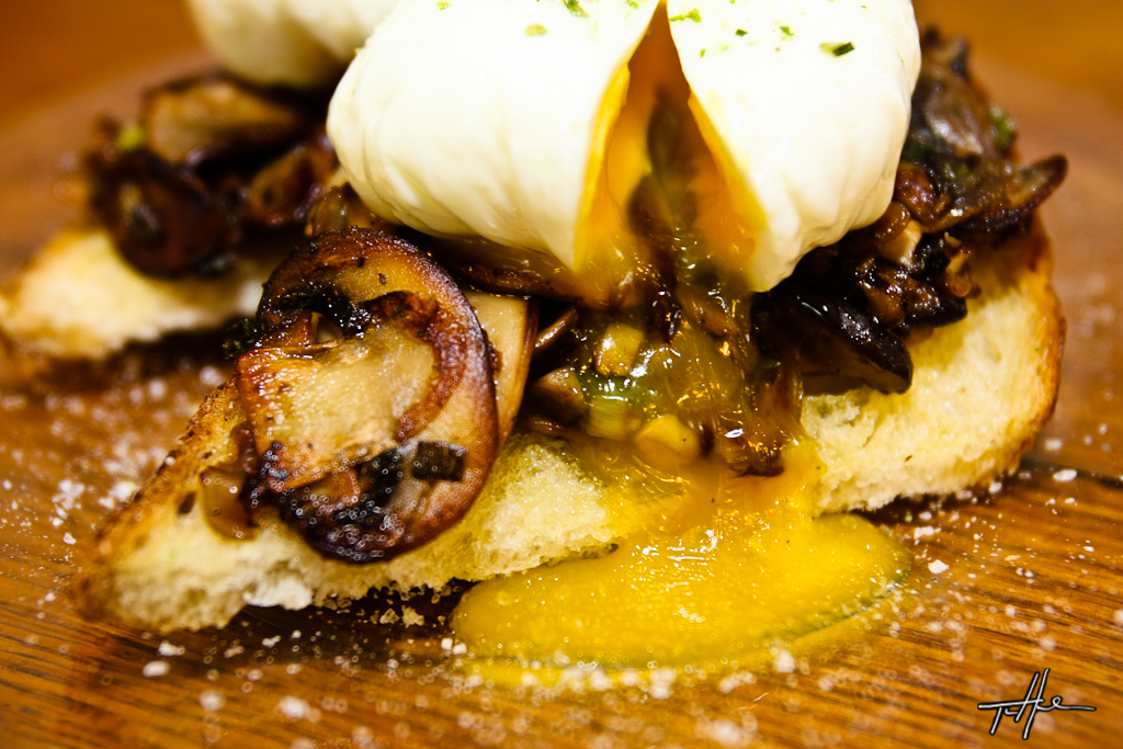 Sourdough Toasts With Mushrooms And Oysters Recipe — Dishmaps