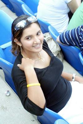 http://1.bp.blogspot.com/_l4HTfXGn-Ns/SZWRmbDEPXI/AAAAAAAAV6I/K73xzdZ09S4/s400/Sania+Mirza-2.jpg