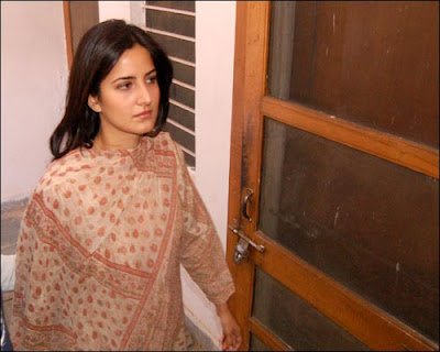 images of katrina kaif house. Check out Bollywood actress Katrina Kaif Real life unseen Pictures.