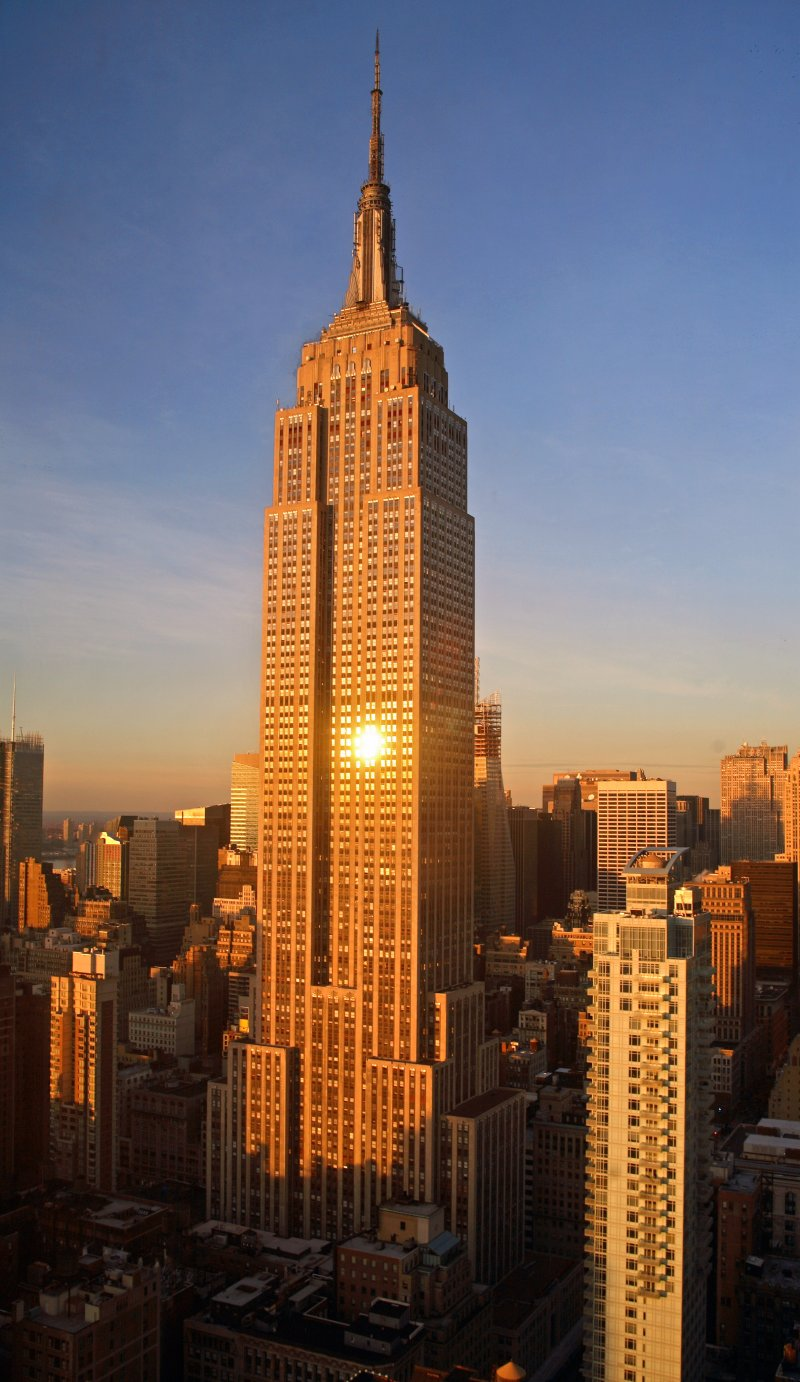 Explore the world empire state building for Famous cities in new york