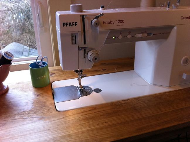 Custom Made Sewing Table Quilting In The Rain Enchanting Custom Sewing Machine Table