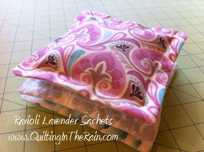 Quilt Tutorials and Fabric Creations - Quilting In The Rain - Ravioli Sachets