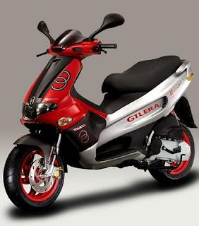 50ccs gilera 50cc runner a hybrid scooter. Black Bedroom Furniture Sets. Home Design Ideas