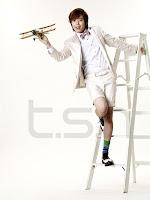 [NEWS] JungYongHwa como modelo para tsh 20110131_yonghwa_4