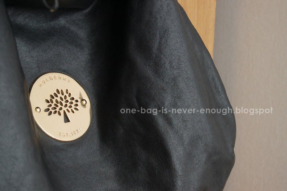 2b6a862b010f Satu beg tangan tak akan cukup  Mulberry Daria Hobo