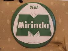 Después del Cacaolat, los niños de aquella época en mi tierra, pudimos acceder a la Mirinda...