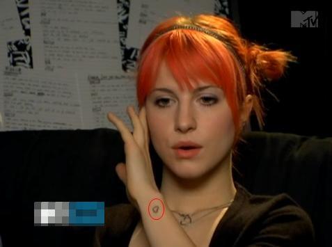 Nova Tatuagem De Hayley