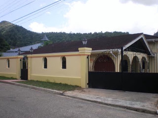 TRINIDAD and Tobago Real Estate: Beautifully Renovated Home FOR RENT!!
