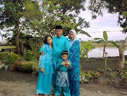 Puan Zuraida & family