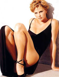 hot Charlize Theron pictures