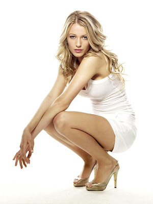 Blake Lively Beautiful on Blake Lively Beautiful Legs Image