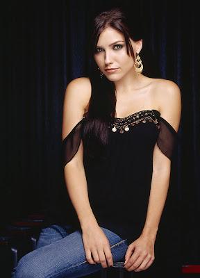 2000 Rose Queen beauty Sophia Bush