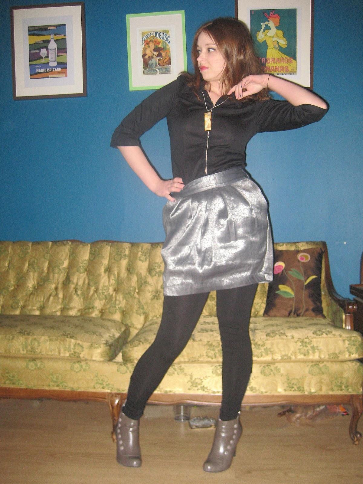 http://1.bp.blogspot.com/_lDrdMSZbdx0/S8r_LLw-K0I/AAAAAAAABJ0/wqjaZ5jGliI/s1600/girlyrocker4.jpg