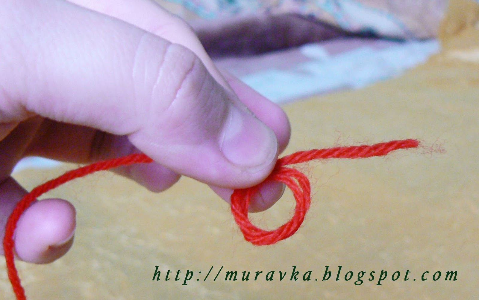 Указательные пальцы при вязании