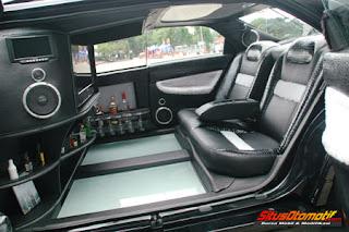 """WARNA WARNI: Honda Accord Cielo 1994: """"Limousine Ala Jogjakarta"""""""