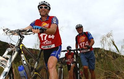 Ciclistas de la tercera edada