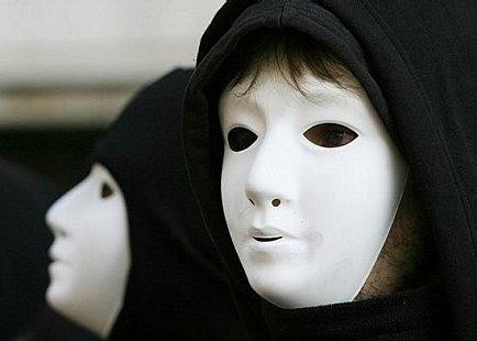 http://1.bp.blogspot.com/_lH9xyoYCIo0/TVApkjsomwI/AAAAAAAAAmU/quwbO0R0ofg/s1600/imposture.jpg
