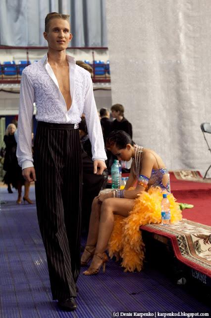 Белоруская пара (Artsiom Kazyra и Anastasia Veslova) перед финалом  чемпионата Европы по 10 танцам в рамках Belarus Open в  Минске, Беларусь 13.11.2010