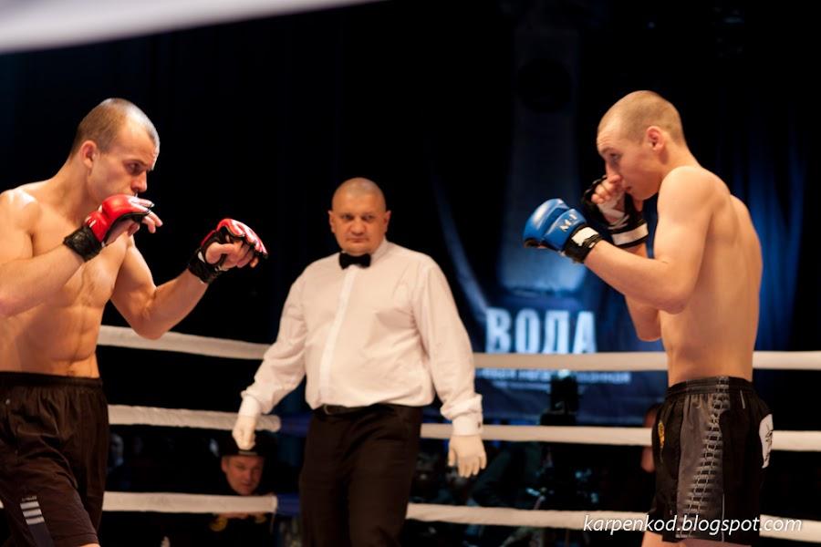 Участники во время боя а рамках чемпионата M1 Belarus Selection 2010