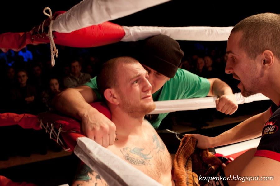 Роман Мироненко после боя. Роман завоевавал пояс чемпиона по смешанным единоборствам в весовой категории до 84 кг.