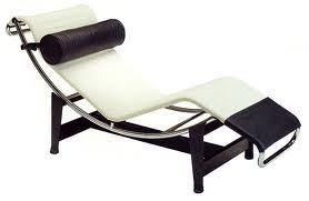 Tienda de muebles de dise o estilo de la bauhaus en for Muebles zapateros bauhaus