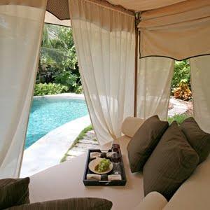 Rowley company creating outdoor rooms - Gordijnen voor overdekt terras ...