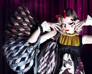 Kirsten Dunst, Designer handbag