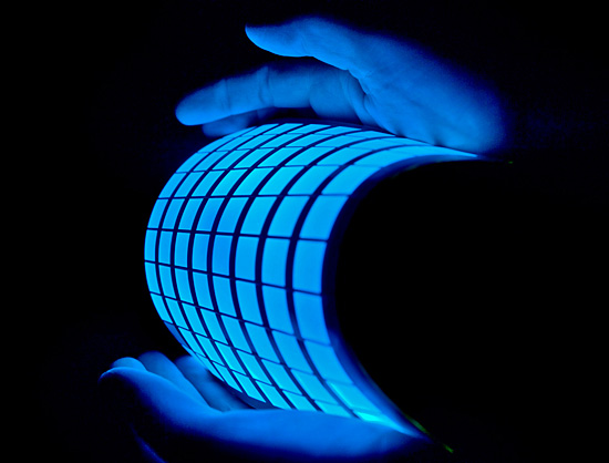 BLUE FLEXIBLE OLED LIGHT