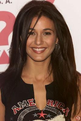 Emmanuelle Chriqui Hairstyles