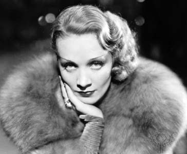 http://1.bp.blogspot.com/_lKtBdw2i33s/SPIxSs6Sh-I/AAAAAAAAAdI/89x-aEE_hqk/s400/Marlene_Dietrich+2.jpg