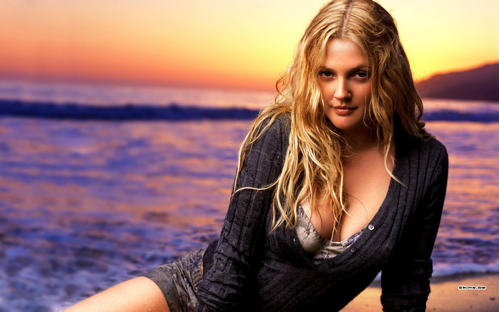 Drew Barrymore Wallpaper
