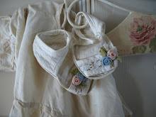 Mine første sandaler og min mormors kjole
