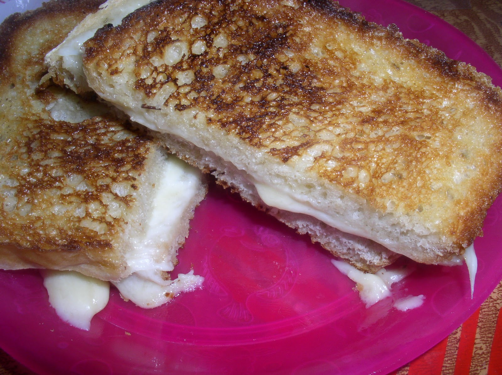 Grilled Cheese - Home-made Bread, White American, Mild Provolone