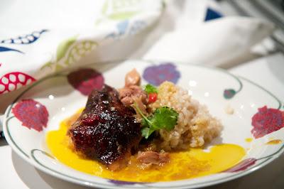 paahdettua kalkkunaa ja riisiä
