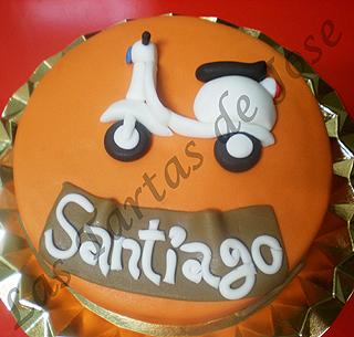 Tarta moto Vespa. Las tartas de Jose. Castellón.