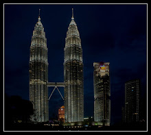 KL Twin Towers at dusk