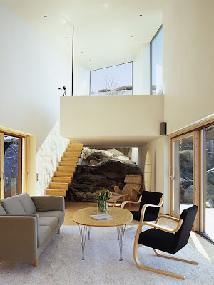 http://1.bp.blogspot.com/_lR2vracc3r8/S83OaFhdpSI/AAAAAAAAC7c/_dtON-acd3k/s400/house-on-the-cliff-carved-into-the-solid-rock-11.jpg