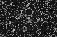 black & white circles