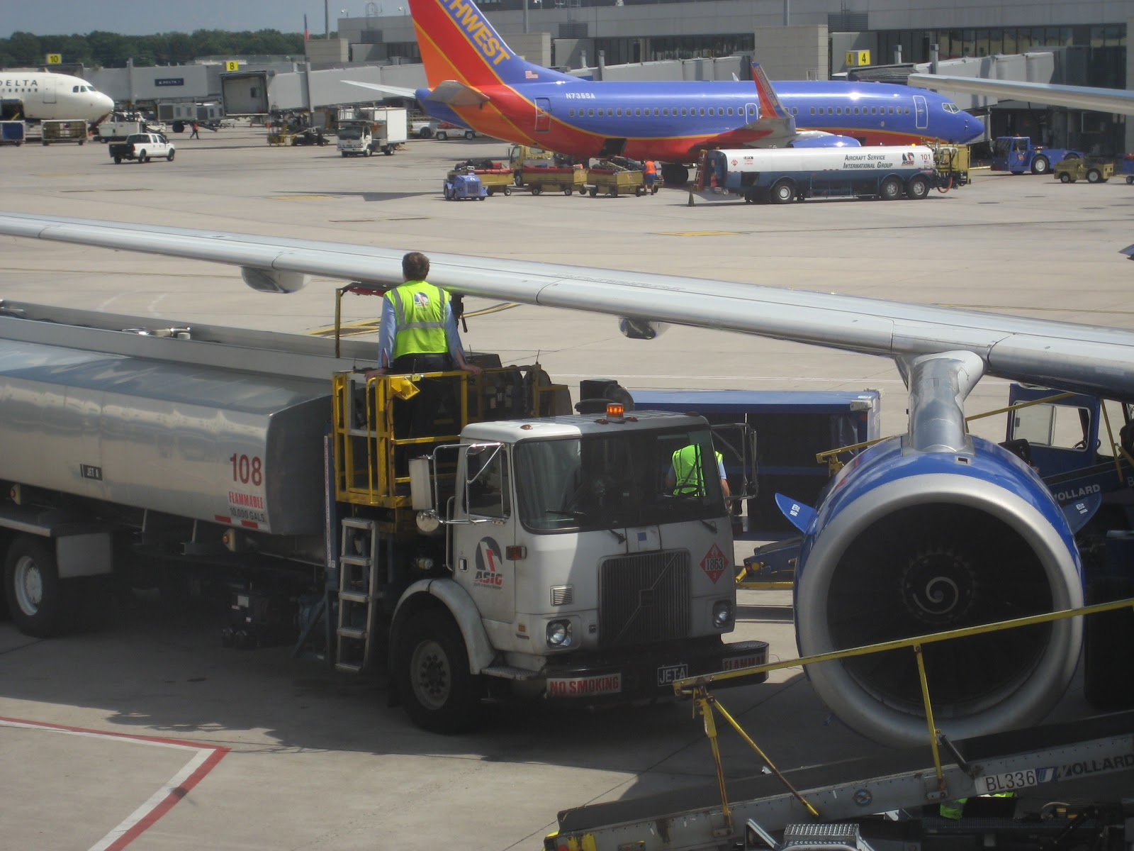 Christine Negroni » Southwest Airlines Acquires AirTran on