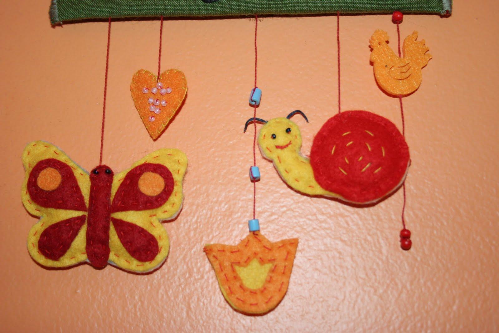 Rituska kreatív oldala: Csigás, pillangós gyerekszoba dekoráció