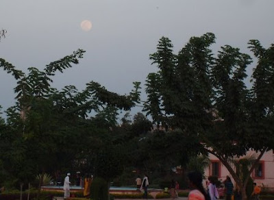 Moonrise from the Pimple Gurav Garden