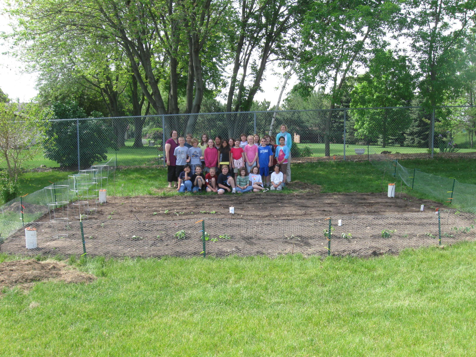 Gotdirtwi 100th Post Photos Of Sand Lake Elementary 39 S Garden