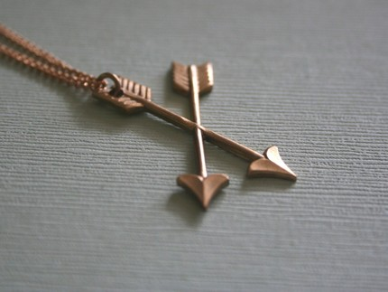 [arrow+necklace]