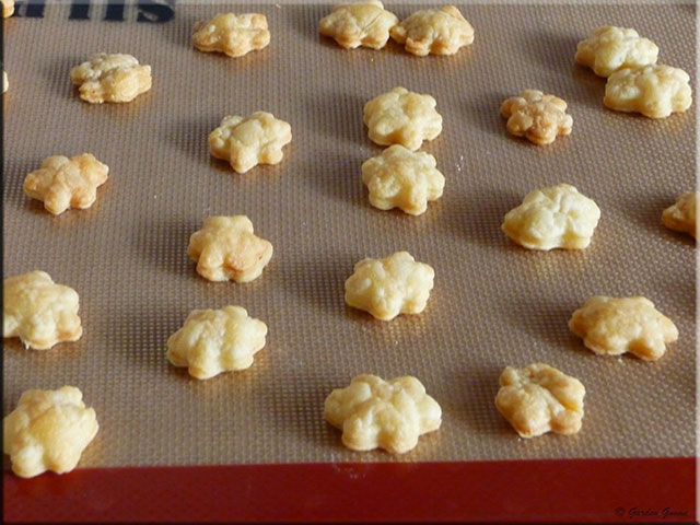 how to make puff pastry dough at home