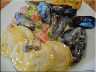 clams in béchamel sauce
