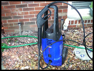 Simoniz 1600 PSI pressure washer