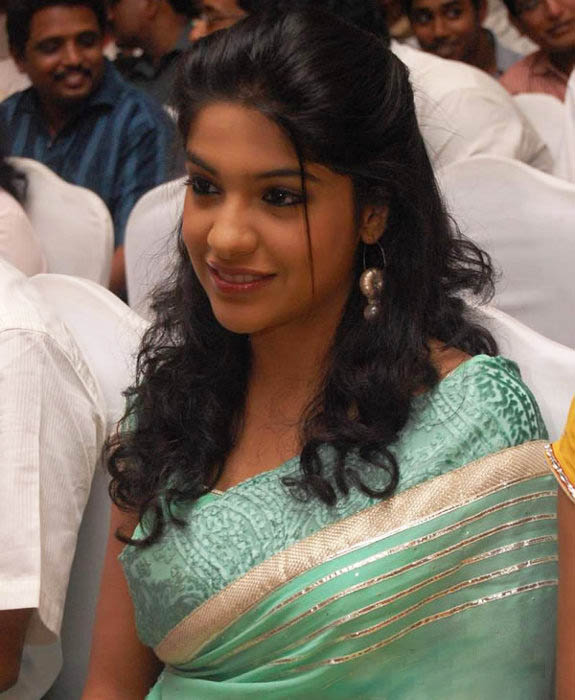 Archana Kavi - Photo Actress